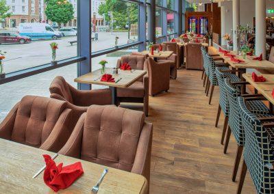 Erdgeschoss Fensterfront - Old Western Restaurant Rostock