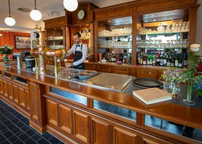 Erdgeschoss Tresen - Old Western Restaurant Rostock